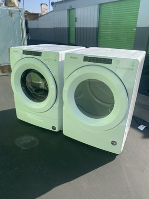 WASHER AND GAS DRYER NEW CONDITION for Sale in Stockton, CA