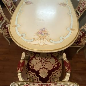 Vintage dining table with six upholstered chairs for Sale in Jersey City, NJ