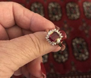 Reduced 3.7 carat Ruby & diamond ring. for Sale in Beverly Hills, CA