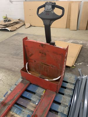 Pallet forklift no working for Sale in Denver, CO