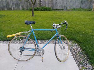 1978 Vintage Schwinn Le Touring     Road Bike for Sale in Taylor, MI