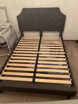 Grey queen bed frame for Sale in Sunnyside, WA