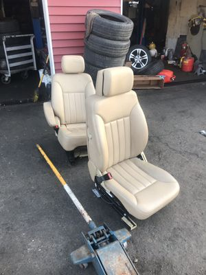 2008 Mercedes Benz R350 parts for Sale in Waterbury, CT