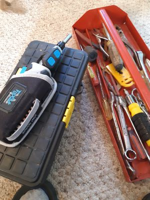 Flipout battery powered screwdriver w /tools and toolboxs for Sale in STNDG STONE, WV