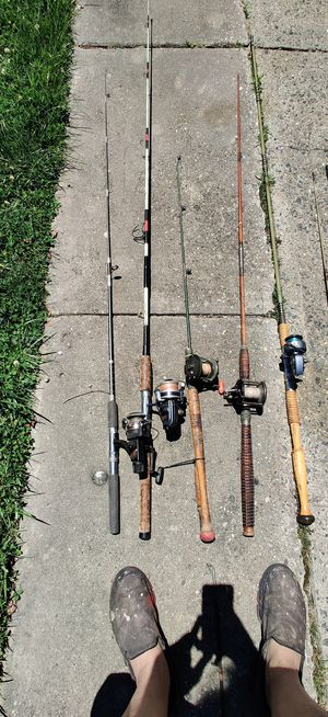 Old fishing rods good cond for Sale in Blackwood, NJ