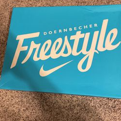 Doernbecher 15 Size 10 for Sale in East Peoria,  IL
