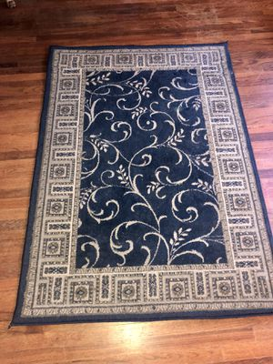 Area rug for Sale in Greenville, SC