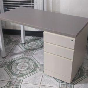 24x48 Desk for Sale in Dallas, TX