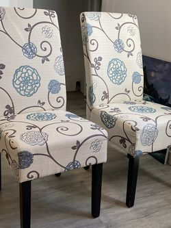 6 Beautiful Printed fabric chairs for Sale in Annandale,  VA