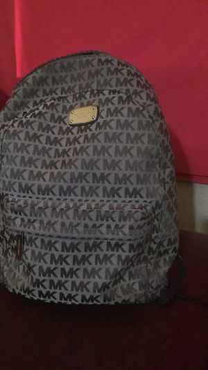 Michael Khors Backpack purse for Sale in Henderson, NV
