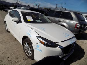 2017 MAZDA 3 2.0L (PARTING OUT) for Sale in Fontana, CA