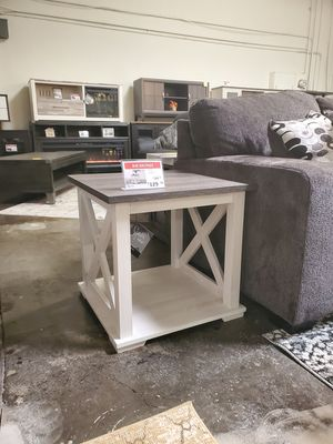 End Table, Two-Tone for Sale in Tustin, CA