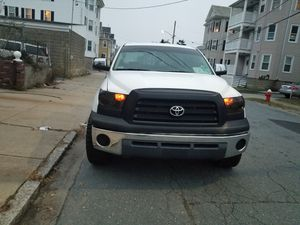Toyota tundra 2008 v6 4x2. 86k automátic clean title good condition for Sale in New Bedford, MA