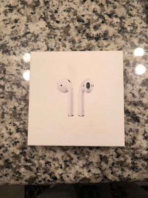 Airpods in case with charger! for Sale in Cape Coral, FL