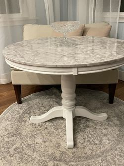 Round Dining Table for Sale in Portland,  OR