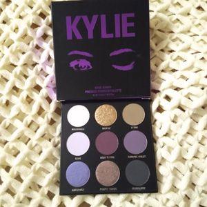 Kylie Eyeshadow Palette $18 for Sale in Ontario, CA