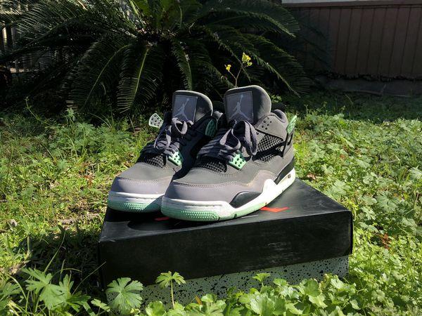 Green glow 4s