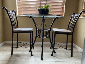 3 piece iron breakfast nook (table and 2 chairs) for Sale in Miami, FL