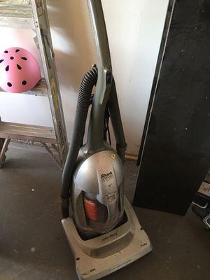 Vacuum cleaner for Sale in Fresno, CA