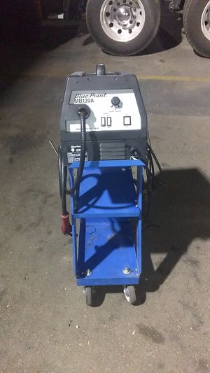 Blue point 110 volt mb120amp might welder with cart and full sized argon talk for Sale in Fresno, CA