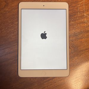 iCloud Locked iPad Mini Good For Parts for Sale in Bolingbrook, IL