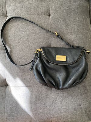 Marc Jacobs Messenger Bag with Gold Hardware for Sale in Bellevue, WA
