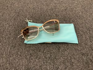 Tiffany & company sunglasses for Sale in Morrow, GA