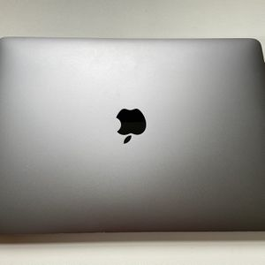 "Apple MacBook Pro 2017 (Core i5 3.1 GHz 13"") with Touchbar, 256GB for Sale in Miami, FL"