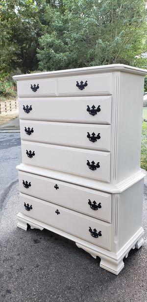 White farmhouse style dresser for Sale in Los Altos, CA