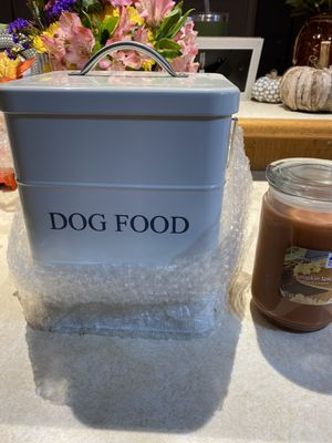 Dog food/treat container for Sale in Everett, WA