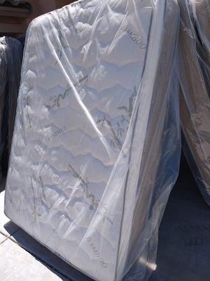 Queen size do you box spring same day deliver for Sale in Phoenix, AZ