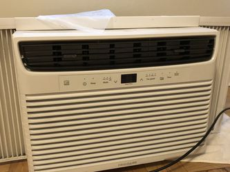 (Frigidaire) Window AC unit, 550sq.ft for Sale in Seattle,  WA