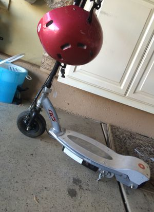 Razor E125 kick start has two new batteries new charger helmet included ready to go asking $55 or best for Sale in Wildomar, CA
