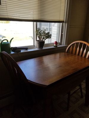 Small kitchen table for Sale in West Wyoming, PA