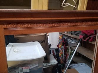 2 Nightstands & Mirror For A Dresser for Sale in Kingston,  WA