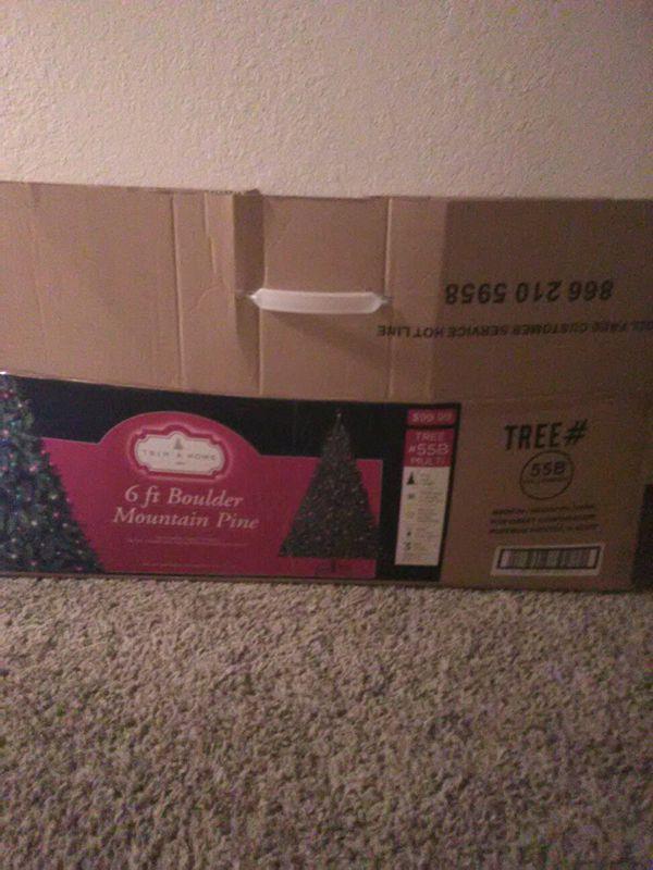 6ft boulder mountain pine Christmas tree pre-lit