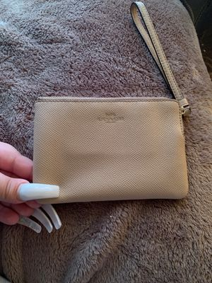 COACH WALLET - NEW - USED LIGHTLY for Sale in Modesto, CA