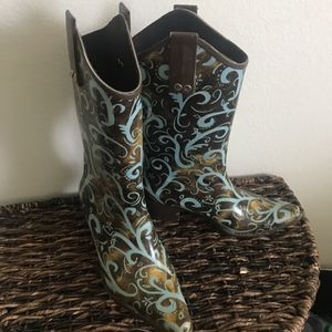 Cowboy Cowgirl Rain Boots for Sale in Nashville, TN