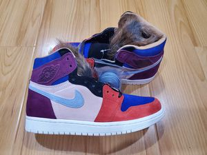 Nike Womens Air Jordan Retro 1 High Aleali size 7 May Court Viotech Fur for Sale in Rosemead, CA