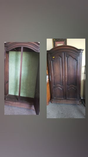 Antique Clothes Wardrobe!! for Sale in Port St. Lucie, FL
