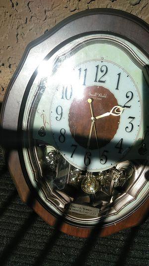 Antique clock for Sale in Glendale, AZ