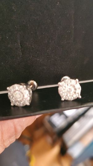 Bust down earrings real diamonds . Can verify! for Sale in Oakland, CA