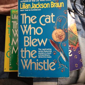 The Cat Who Blew The Whistle, Lillian Jackson Braun, Paperback for Sale in Kent, WA