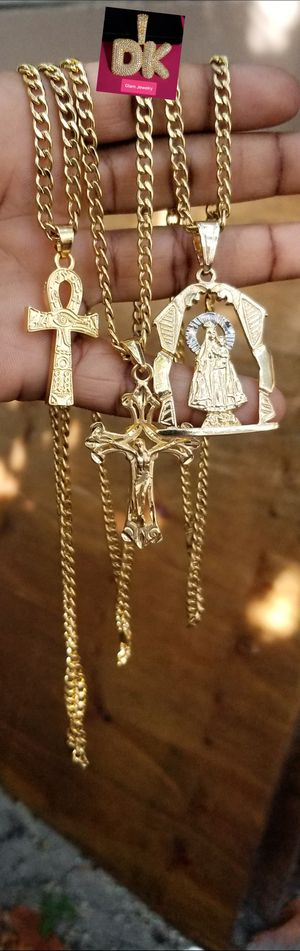 $60 each💎💎💎Chain 24inch and Pendant 14k Gold Plated 🚘🚘🚘I Deliver👑👑👑 for Sale in Miami, FL