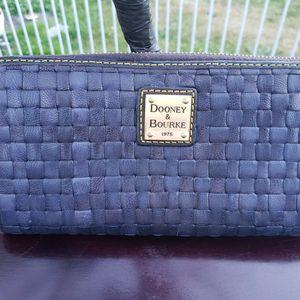 Dooney & Bourke Marine And Tessuta Large Zip Around Wallet for Sale in Everett, WA