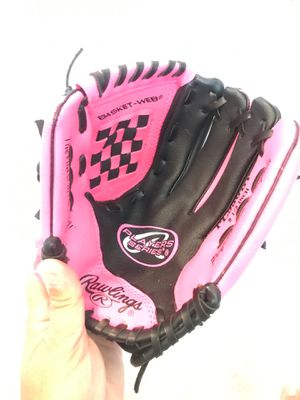 Rawlings Girls Baseball Glove 9 1/2 inch for Sale in Upland, CA