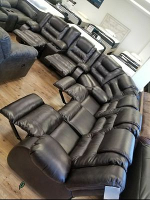 Special for Black Friday ‼ SALES SPECIAL] Vacherie Black Reclining Sectional 58 for Sale in Jessup, MD