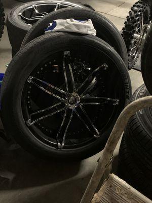 Diablo rims 22 inch. 5 x 5.5 ram or Durango for Sale in Greer, SC