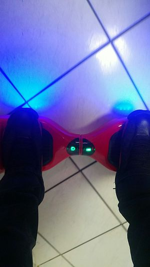 RED HOVERBOARD WITH BLUETOOTH AND CHARGER 100% WORKING for Sale in Hialeah, FL