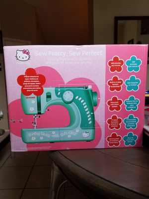 JANOME HELLO KITTY SEWING MACHINE for Sale in Lakeland, FL